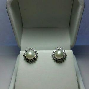 Jewelry - Sterling Silver Freshwater Pearl Earrings